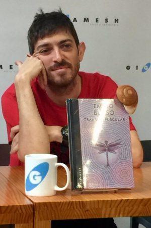 Emilio Bueso en la presentación de Transcrepuscular en Gigamesh