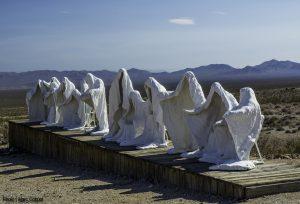 Fantasmas favoritos, escultura. Libros Prohibidos