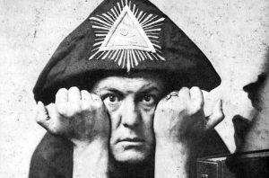 Aleister Crowley, Magia del caos. Libros Prohibidos