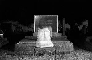 Máscara de la muerte-, niña fantasma. Libros Prohibidos