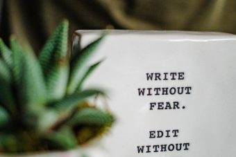 Autores del fantástico que están a favor de escribir fanfiction y sus razones Libros prohibidos a favor de escribir fanfiction Libros prohibidos